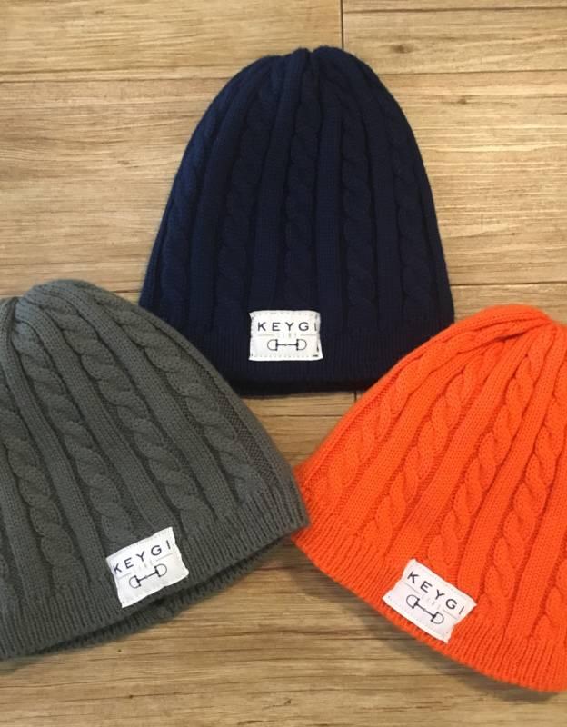 Cappello in lana intrecciata